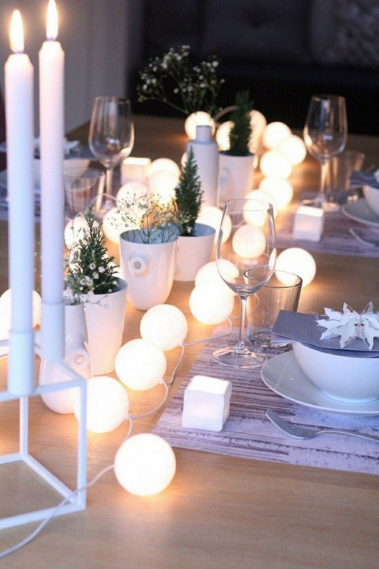 HOW TO ILLUMINATE YOUR CHRISTMAS TABLE