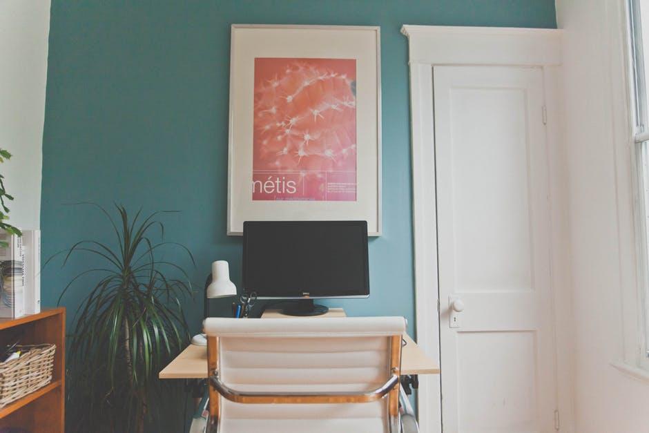 Como crear un ambiente de oficina en casa