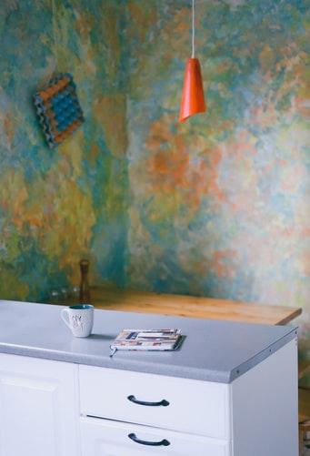 Papel pintado para cocinas lavable, en estampado colorista
